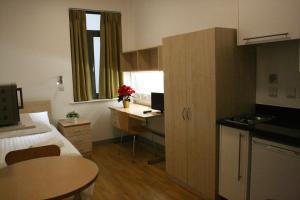 Cuisine ou kitchenette dans l'établissement LSE Grosvenor House
