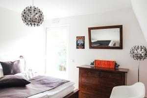 Ein Bett oder Betten in einem Zimmer der Unterkunft Stadtturm Regensburg