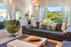 A seating area at Bled Apartment Kirsch