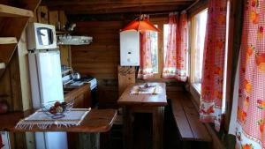 Un restaurant u otro lugar para comer en Solar de Piedra