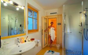 Ein Badezimmer in der Unterkunft Naturresidenz Theistadl