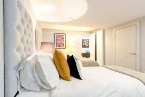 Gulta vai gultas numurā naktsmītnē The Greyfriars Apartment