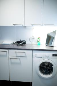 A kitchen or kitchenette at Holiday Home Stranda Porvoo Center