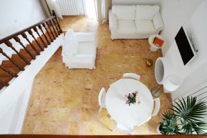 Banquet facilities sa apartment