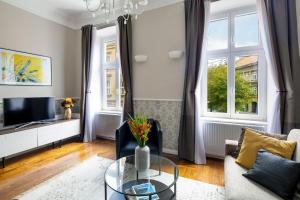 Posedenie v ubytovaní Markiz Luxury Apartments