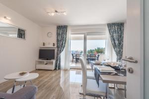 Posezení v ubytování Apartments with pool Villa Zora