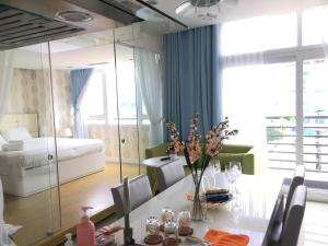 Tracy's Cozy Apartment