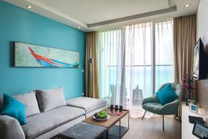 Khu vực ghế ngồi tại Citadines Bayfront Nha Trang