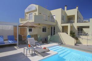 The swimming pool at or close to Almiriki Hotel