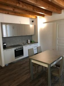 Una cocina o zona de cocina en Residence Eremitani