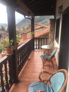 A balcony or terrace at Apartamentos Casa de la Abuela
