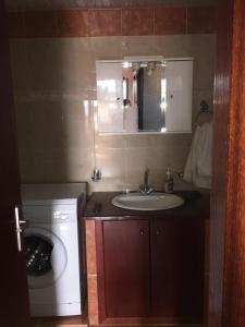 A bathroom at Princess Studios