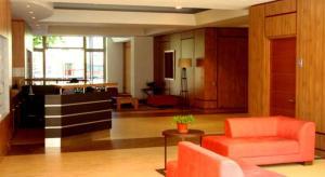 El vestíbulo o zona de recepción de Providencia PRO Apart Hotel
