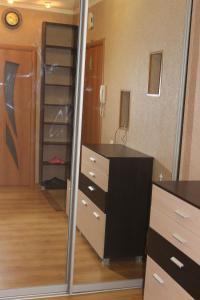 Телевизор и/или развлекательный центр в Квартира в центре Обводный 9к3