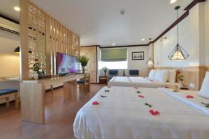Blue Hanoi Inn Legend Hotel