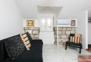 A seating area at Apartments Heart of Dubrovnik
