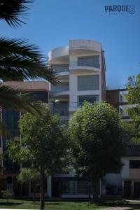 Edificio en el que se encuentra el apartahotel