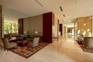 The lounge or bar area at Hyatt Regency Hotel and Serviced Apartments Pune