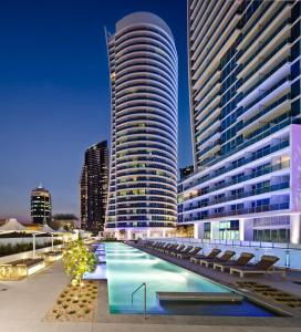 The swimming pool at or near Hilton Surfers Paradise Residences