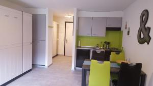 Küche/Küchenzeile in der Unterkunft Saillon Evasion Sarl
