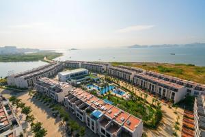 Royal Lotus Ha Long Resort & Villas
