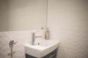 A bathroom at Otwarte Drzwi