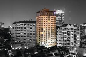 @Lancaster Saigon - Henry Apartment Free3G