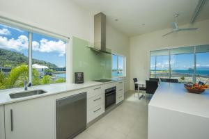 A kitchen or kitchenette at The Terrace