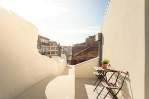 A balcony or terrace at Santa Catarina Apartments