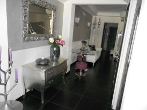 A bathroom at Residence Hotel Le Viole