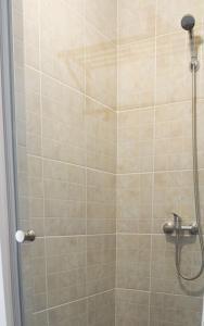 A bathroom at Antic Apartments
