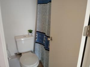 Bilik mandi di Marina Sol