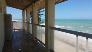 A balcony or terrace at Casa a Beira Mar