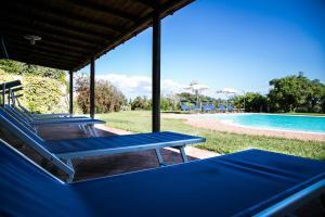 Der Swimmingpool an oder in der Nähe von Colle Cavalieri - Country House