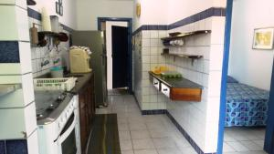 A kitchen or kitchenette at Presente do Mar