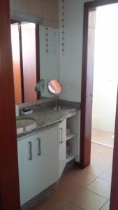 Un baño de Apto com Vista para o Mar 108