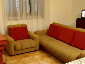 A seating area at Casa da Fonte de Rabal