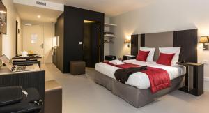 Lova arba lovos apgyvendinimo įstaigoje Odalys City Paris XVII