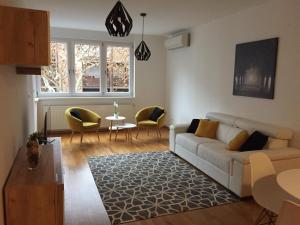 Posedenie v ubytovaní Miracle apartment