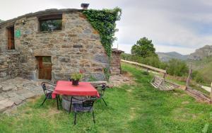 Un patio o zona al aire libre en Cabañas con Encanto