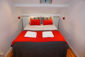 A bed or beds in a room at Charm