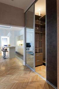 A kitchen or kitchenette at Apartment Passage
