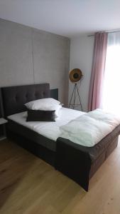 Ein Bett oder Betten in einem Zimmer der Unterkunft HAUS 7 - Boardinghouse