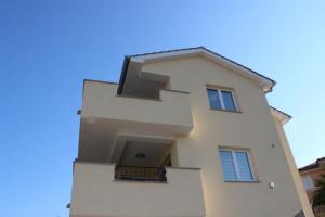 The floor plan of Apartmani Marin