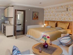 Кровать или кровати в номере The Bosphorus House