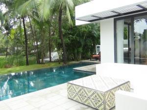Sanctuary Ho Tram ViVa Villa