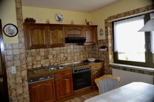 Küche/Küchenzeile in der Unterkunft Haus Moser