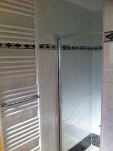 Ein Badezimmer in der Unterkunft Huis Sandevoerde