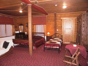 A bed or beds in a room at Stivakti Chalet