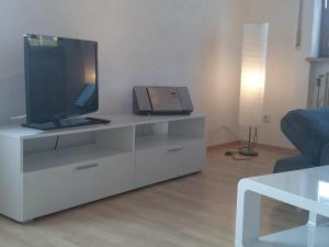 A television and/or entertainment center at 30 qm in Oberreitnau